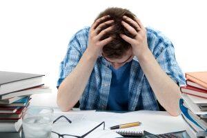 اقدام پژوهی چگونه توانستم اضطراب دانش آموزم را با بازی درمانی کاهش دهم ؟